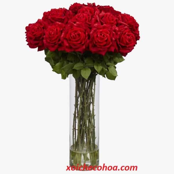 HÌnh ảnh minh họa bình hoa hồng được chuẩn bj trong mâm cúng động thổ và nhập trạch